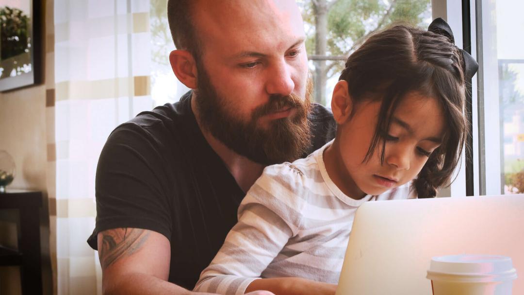 10 melhores maneiras de se manter próximo de sua filha enquanto ela cresce 03