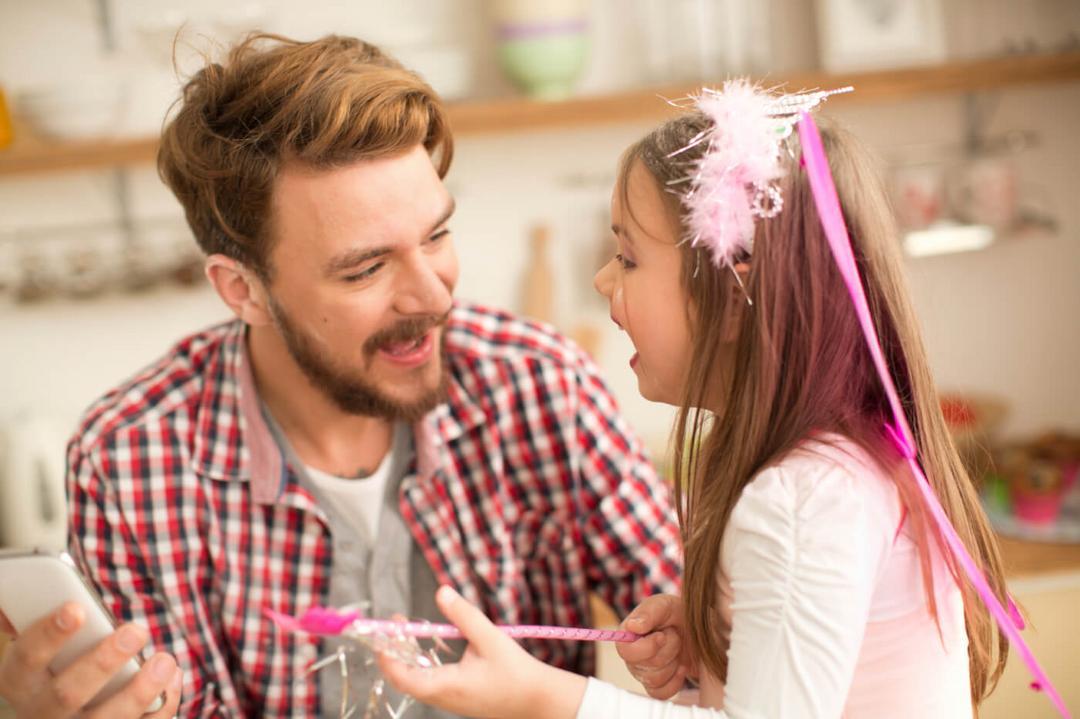 10 melhores maneiras de se manter próximo de sua filha enquanto ela cresce 04