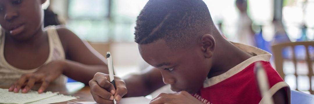 É seguro reabrir as escolas ainda em 2020?