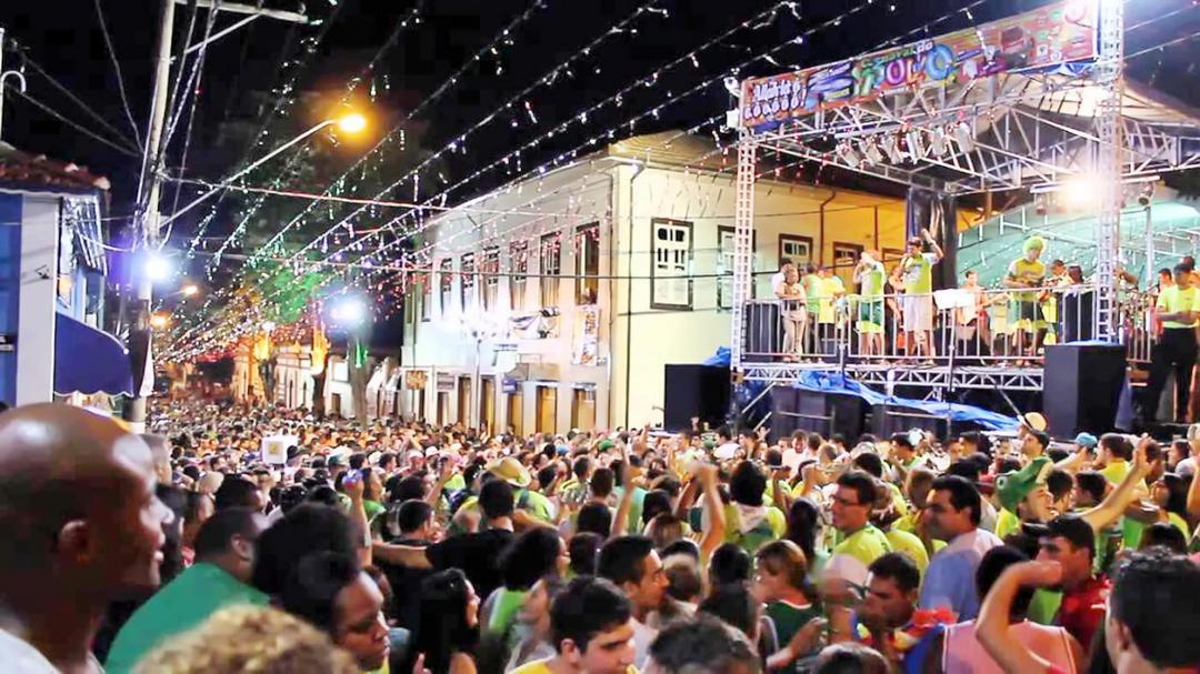 5 dicas babônicas para passar o carnaval com seus filhos - Papo de Pai