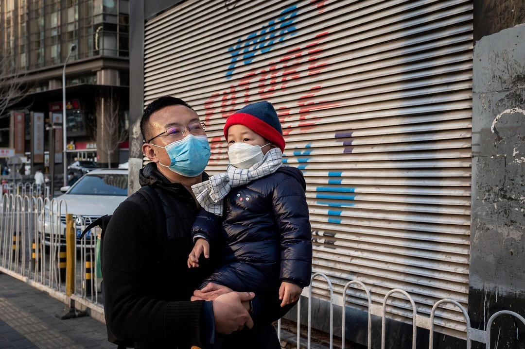 Afinal, nossos filhos devem usar máscaras para sair? - Papo de Pai