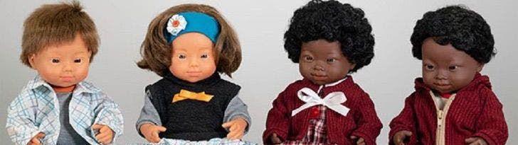 Coleção de bonecos com síndrome de Down ganha prêmio de melhor brinquedo de 2020