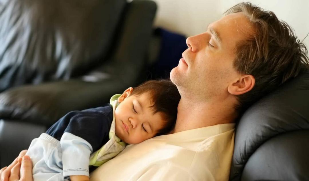 A pergunta que não quer calar: Quando os bebês dormem a noite toda? - Papo de Pai