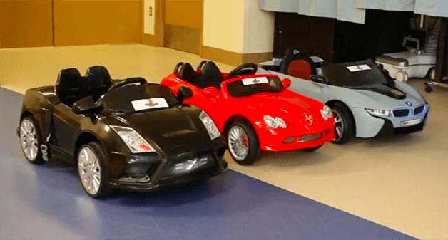 Crianças dirigem carrinhos de controle remoto até local de cirurgia em hospital dos EUA - Papo de Pai