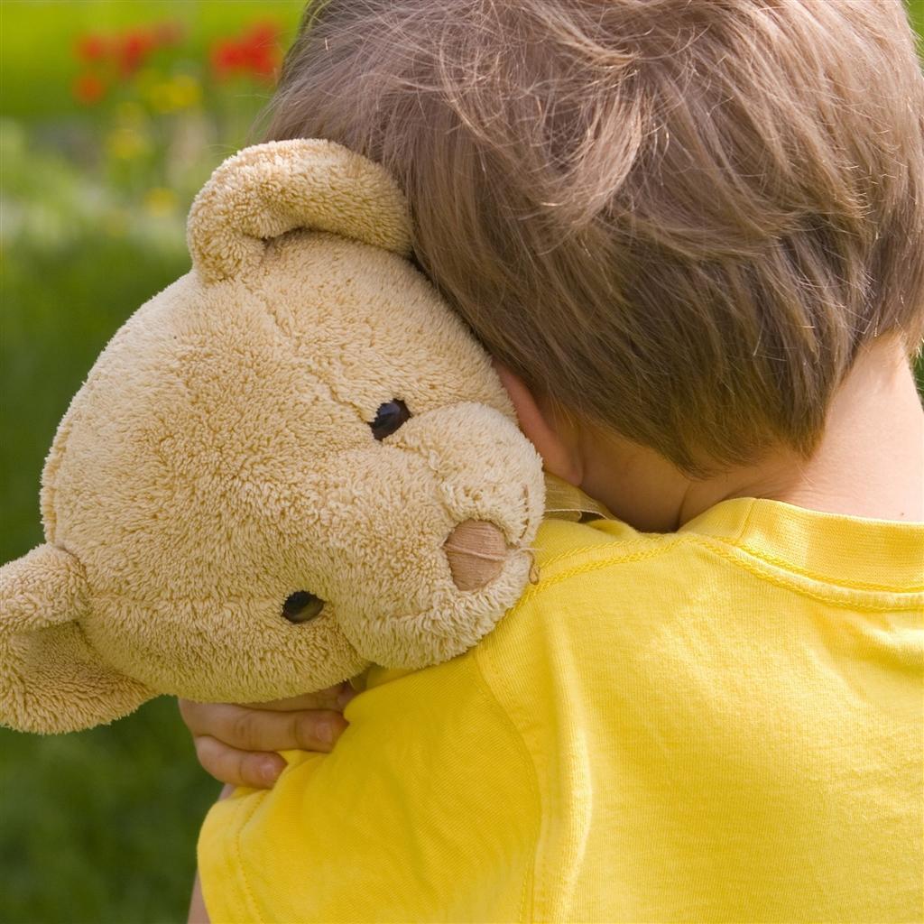 Um dos momentos mais difíceis para um babão é a hora de tirar a chupeta ou bicho de pelúcia do seu filho. Como fazer essa transição? - Papo de Pai