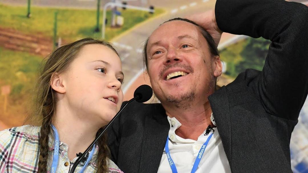 Pai de Greta Thunberg revela Ativismo ajudou filha a vencer depressão - Papo de Pai