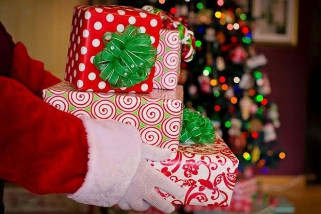 Adote uma carta e faça uma criança feliz na campanha 'Papai Noel dos Correios' - Papo de Pai