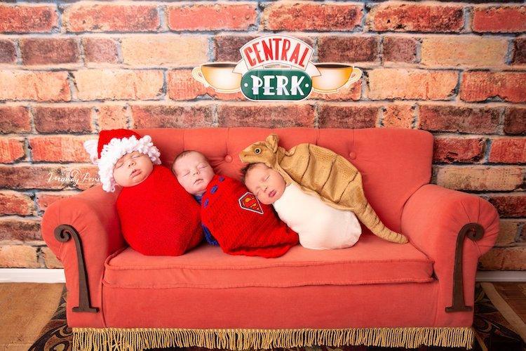 Ensaio de recém nascidos com cenário de Friends gera explosão de fofura na internet - Papo de Pai
