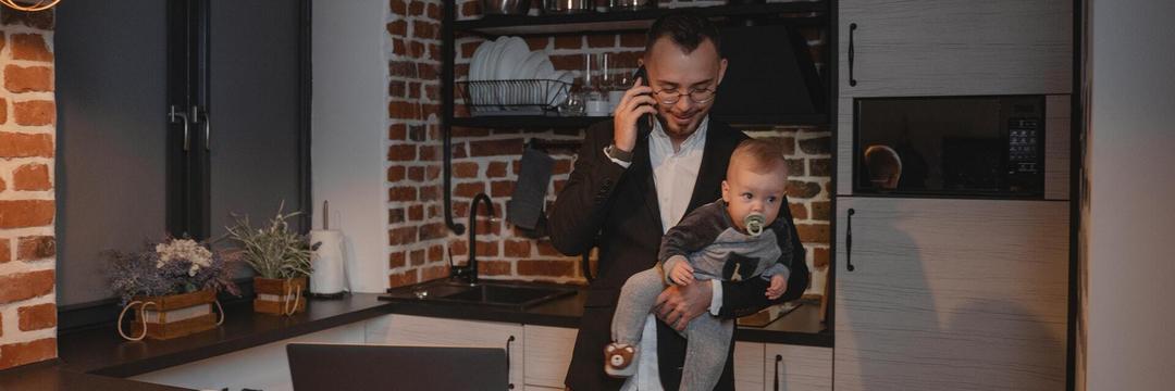 Trabalhar e ficar de olho nos filhos: Encontrei a solução pra esse dilema