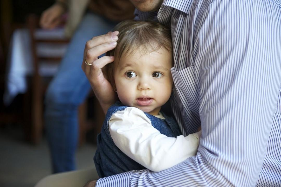 Linguagem do amor de seu filho: Entenda como funciona e aprenda a usá-la - Papo de Pai