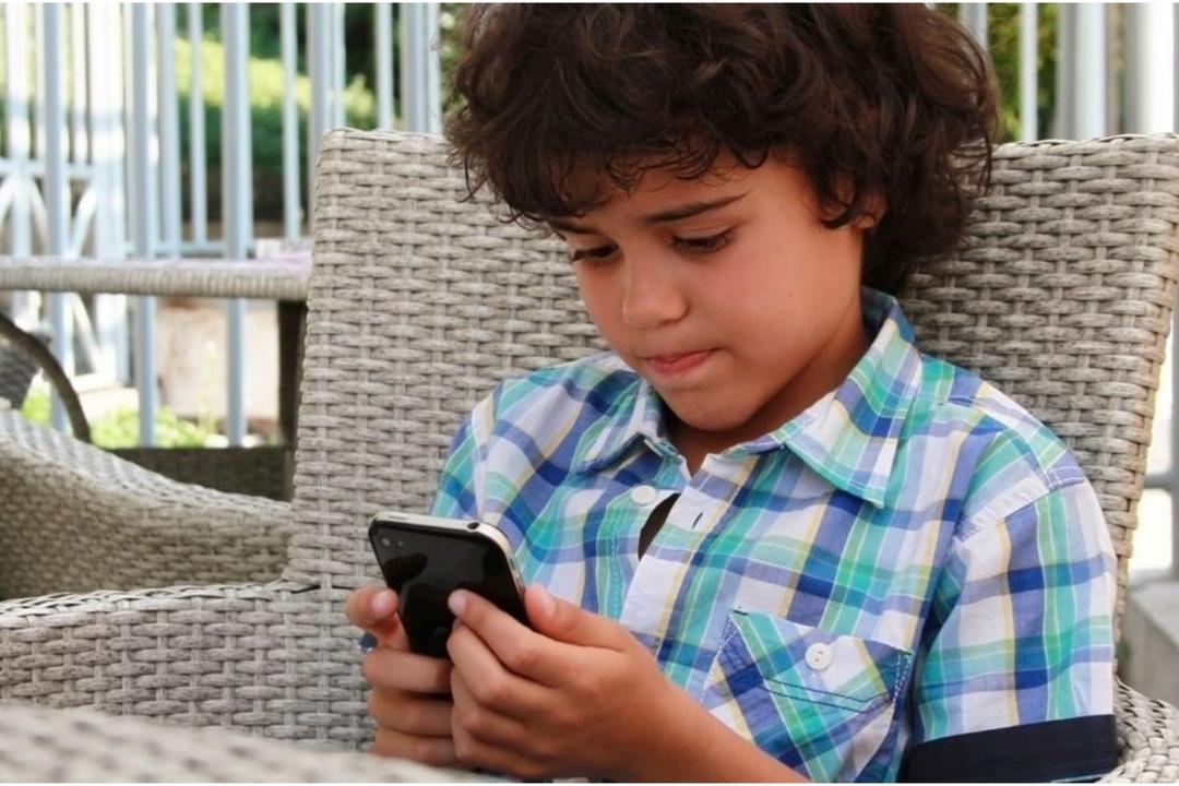 As 6 regras fundamentais da segurança na Internet que todos os pais devem seguir - Papo de Pai