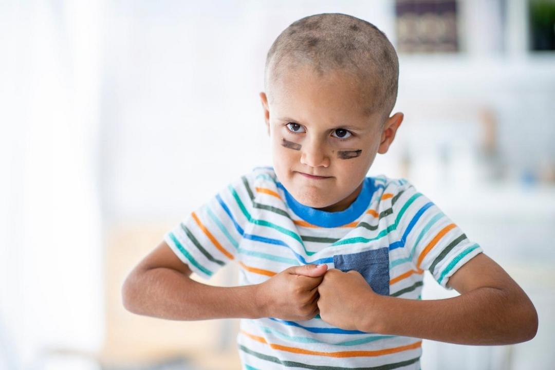 Educar um garoto forte é diferente de criar um valentão egoísta - Papo de Pai