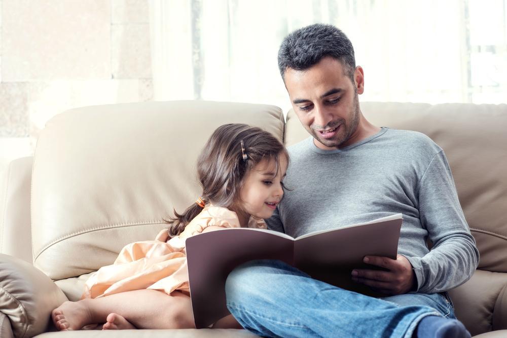 Ler em voz alta traz inúmeros benefícios para o seus filhos - Papo de Pai