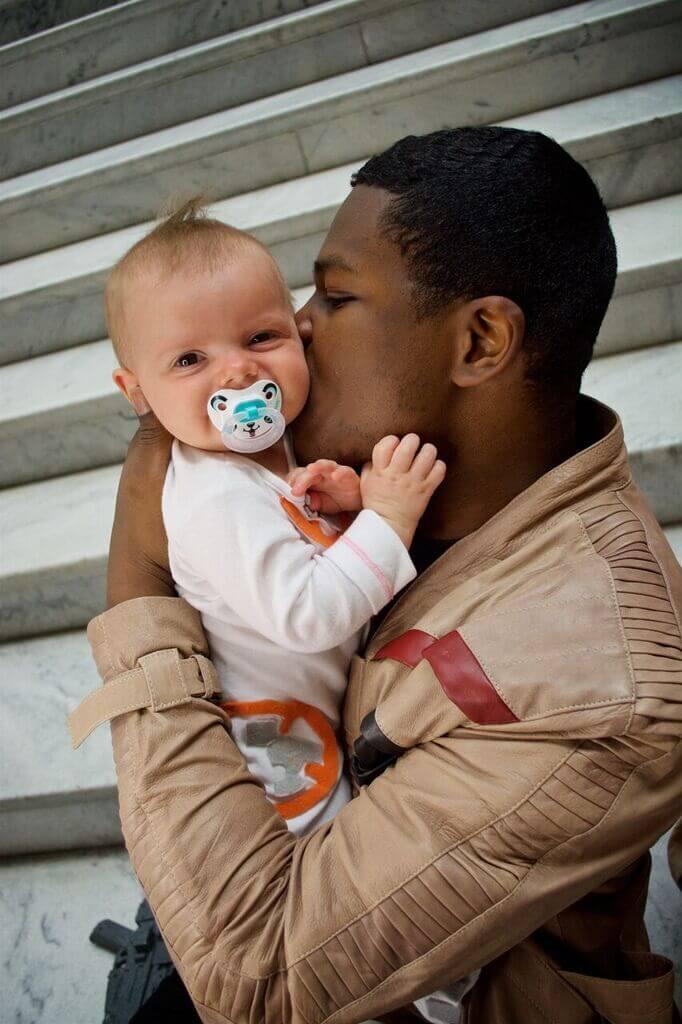 Ensaio: casal e seu bebê se inspiram no filme da saga Star Wars - papodepai.com
