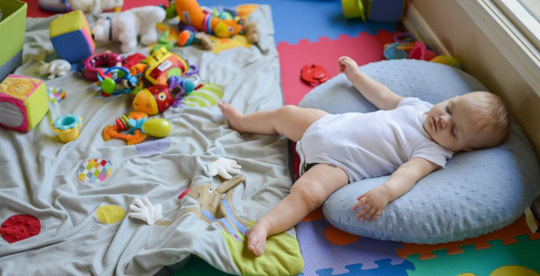 Estudo comprova - dormir no quarto dos pais reduz em 50% risco de morte de recém-nascidos