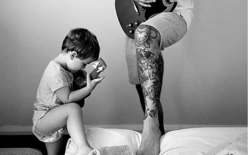 Pais roqueiros são os que mais tentam influenciar preferência musical dos filhos