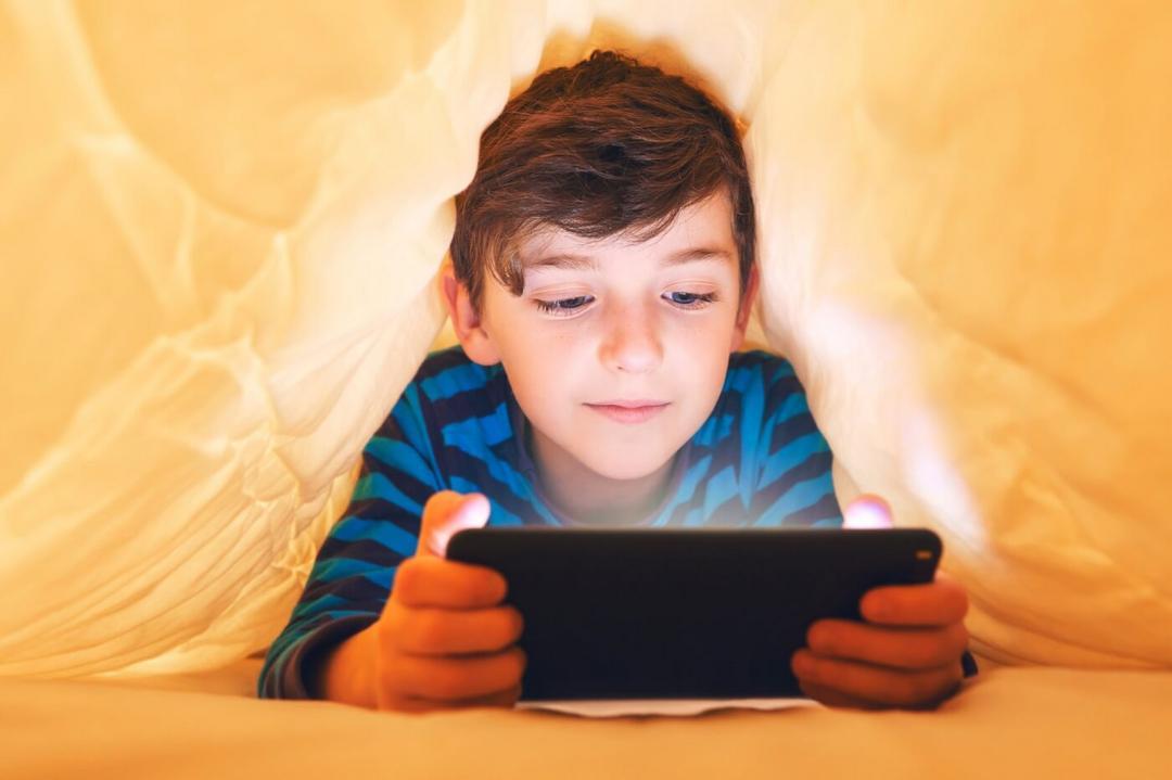 Facebook e Instagram começam a banir contas de crianças - Papo de Pai