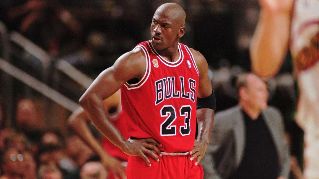 Filho de Michael Jordan conta como foi parar no hospital por conta de brincadeira com pai - Papo de Pai
