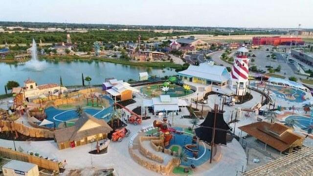 Parque aquatico para Pessoas com Necessidades Especiais