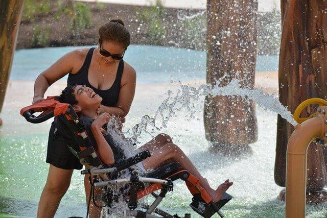 Parque Aquático para Crianças com Necessidades Especiais