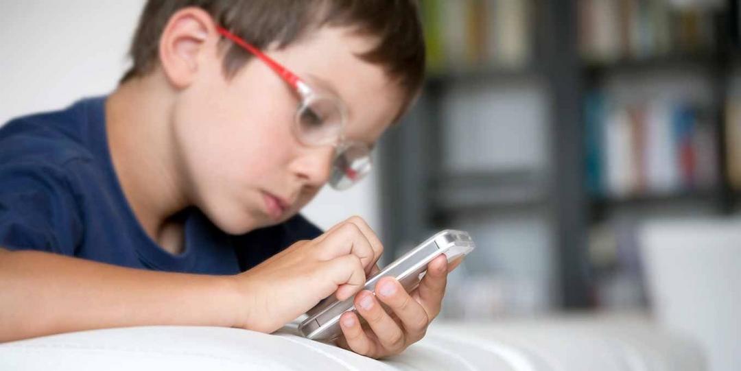 Rede social, definitivamente, não é lugar para criança