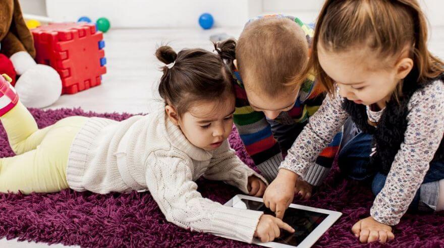 Relatório surpreendente mostra o que as crianças estão procurando na internet - Papo de Pai