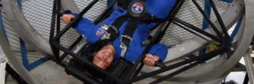 Rumo ao espaço: estudante brasileira se prepara para ser astronauta