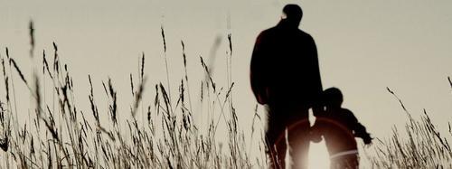 Quarentena está aproximando relacionamento de pais com seus filhos, dizem pesquisadores