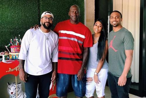 Filho de Michael Jordan conta como foi parar no hospital por conta de brincadeira com pai